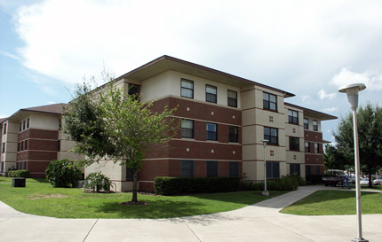Lake Claire Apartments